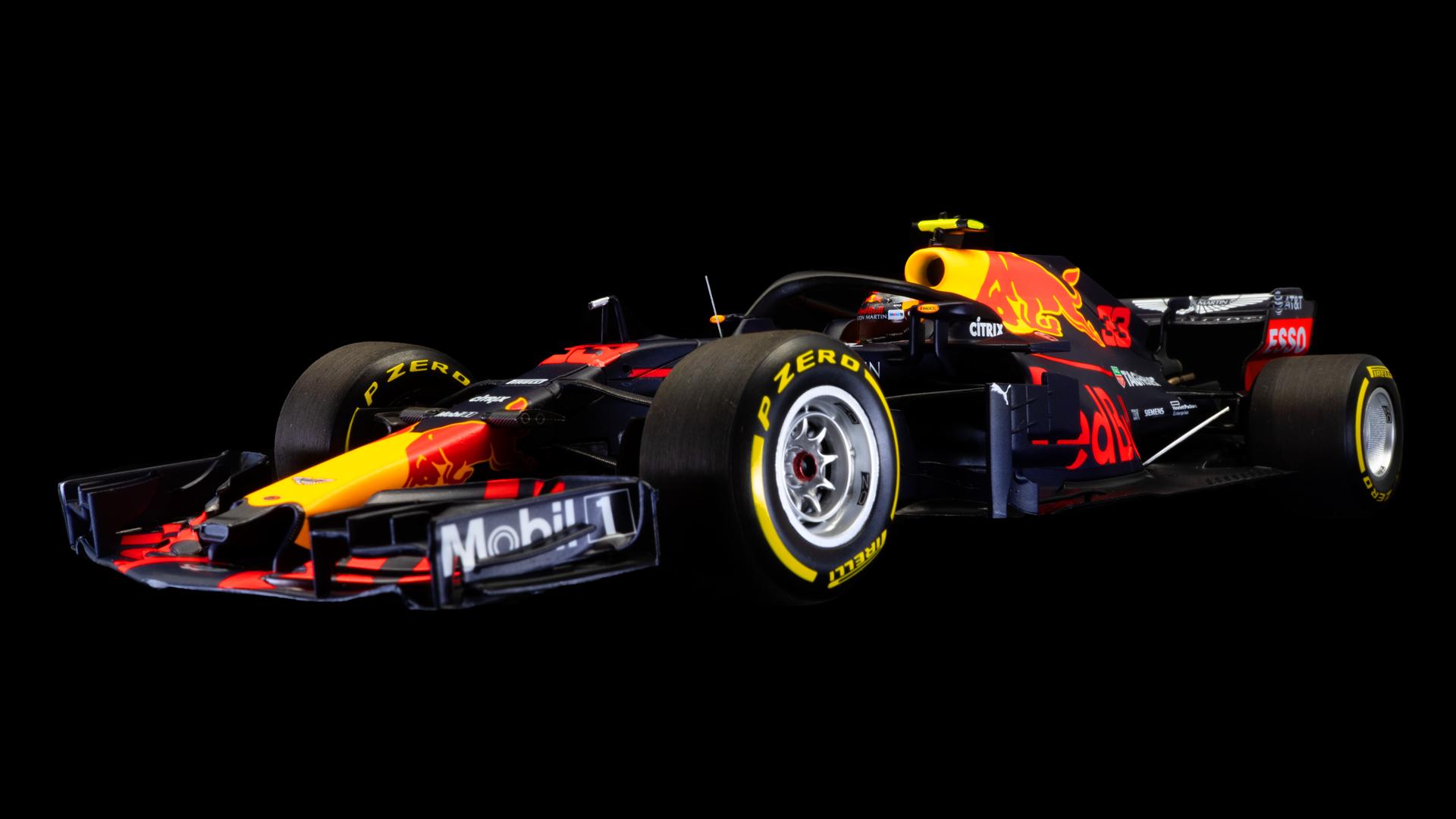 Minichamps Aston Martin Red Bull Racing TAG Heuer – M. Verstappen