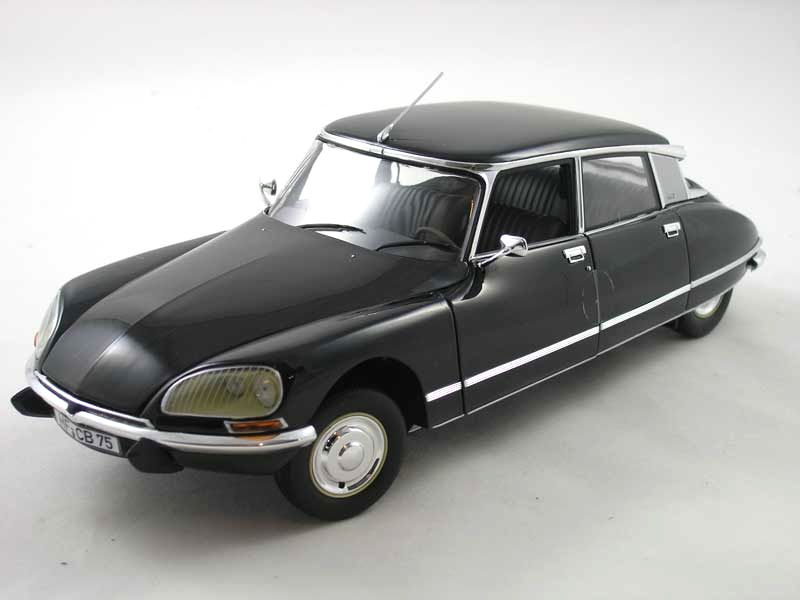 Citroën DS23 (1974) – black